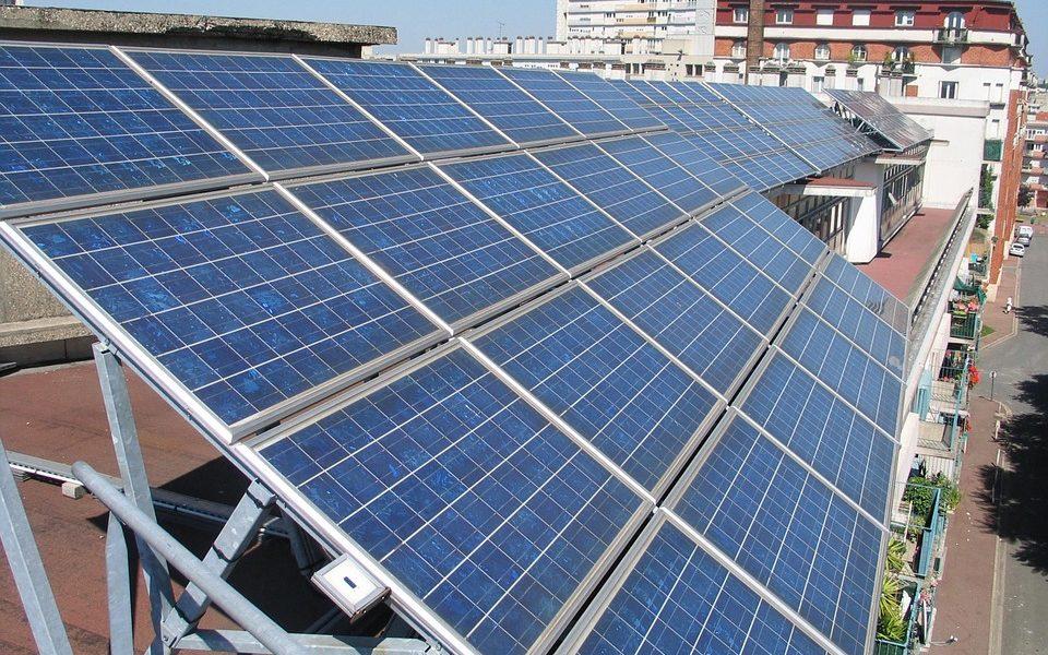 El 30% de la demanda eléctrica de València podría cubrirse con paneles fotovoltaicos